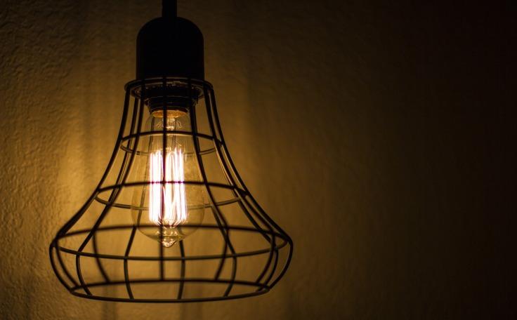 light-1092899_1920